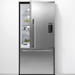 Fisher Paykel - RF170WDRUX4 17 cu. ft. Right Hinge Counter Depth Bottom Freezer With Glass Shelv - The RF170WDU can come in either a left or right hinge letting you choose based on where you plan to place it in your kitchen ActiveSmart Technology will keep your refrigerator at the optimum temperature keeping your food fresher longer