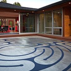 Modern Patio by Kraft Custom Construction