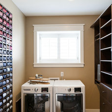 Craftsman Closet by Candlelight Homes