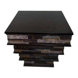 Fancydecor - Pyramid Shaped Wood End Table with Faux Stone Inside Detail - This end table is a novelty because it has embedded in its base pyramid shaped faux stone, giving a completely different twist to your living room, family room and even your office.