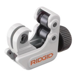 Ridge Tool Company - Ridgid Midget Tubing Cutter - | For Hard and  Soft Copper, Aluminum and  Brass | Strong Metal Frame and  Wheel Housing | Large Knurled Feed Screw Knob Gives Control | #813115 Has Spare Cutter Wheel In Knob and  Grooved Rolls For Close-To-Flare Cuts