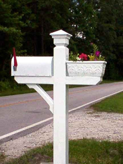 Mailbox Planter