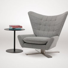 Modern Accent Chairs by VIOSKI