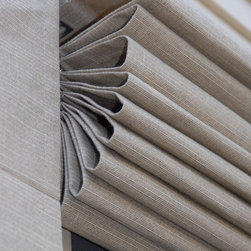 Exterior Roman Shades Fabric - Weather Queen Shades are exterior roman shades that add beauty to your home, screen porch and outdoor living space.