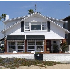 2013 Newport Harbor Home and Garden Tour