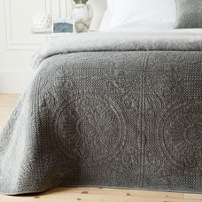Contemporary Quilts by ZARA HOME