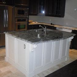 Exquisite Kitchens & Vanities Inc. - KITCHEN ISLAND - An Island with double sink