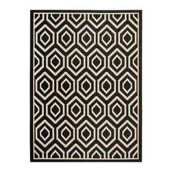 Safavieh - Safavieh Polypropylene Indoor/ Outdoor Courtyard Black/ Beige Rug (5'3 x 7'7) - Safavieh's Courtyard collection is inspired by timeless designs crafted with the softest polyproplene available.