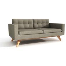 Modern Sofas by Viesso