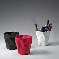 Essey - Office/Bathroom Set - Three-piece set includes one BinBin, one PenPen and one Crinkle Tissue, shipped inside the BinBin. Great as a bathroom or office set. Learn more about Essey Office/Bathroom set below: FEATURES   SPECIFICATIONS   DESIGN FEATURES: -Set includes one binbin, one penpen and one crinkle tissue. -Designed by John Brauer. -Binbin, penpen and tissue construction: Soft touch flexible and durable plastic. -Can be use in office as well as bathroom. -Washable. -Made in Germany.