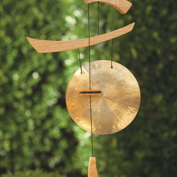 """Viva Terra - Emperor Gong - Created by professional musician andinstrument designer Garry Kvistad, theEmperor Gong is handcrafted andweather protected to ensure years ofenjoyment. It resonates with a beautifullyrich, deep shimmering sound.37""""L x 14""""W"""