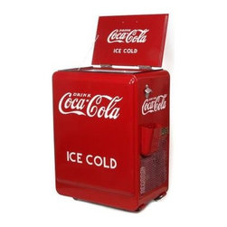 American Retro 80-can Coca-Cola Refrigerated Machine - Soda drinker? This retro Coca-Cola machine holds up to 80 cans of your favorite soda. I love it!