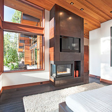 Contemporary Bedroom by Concreteworks