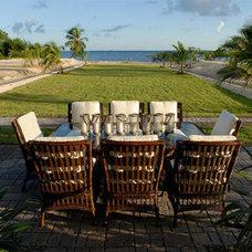 Tropical  HGTV Dream Home 2008 Outdoor Dining
