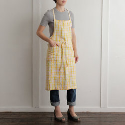 Linen 3/4 Apron Yellow + White - This cheery preppy apron will add a little sunshine to your favorite cook's kitchen. Give it as a hostess gift or pick one up for yourself.