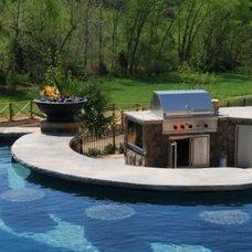 Entertain in pool ..