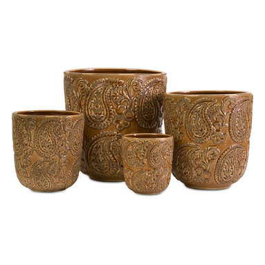iMax - iMax Paisley Planters - Set of 4 X-4-96146 - This set of 4 ceramic paisley planters would be great for displaying fresh or faux plants.