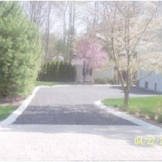Photo gallery Driveway with angled Belgian block curbing – De Franco & Sons Cont