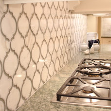 Traditional Kitchen by NR Interiors