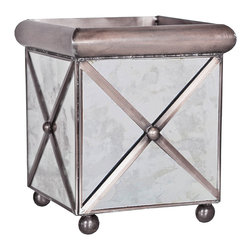 Kathy Kuo Home - Domino Hollywood Regency Square Antique Mirror Planter - L - Polished in pewter, this mirrored square container has limitless uses in your home. As a pretty planter, metallic centerpiece on the mantle or even an unexpectedly luxurious remote control receptacle, the shimmering silver cube is elegant, stylish and versatile.