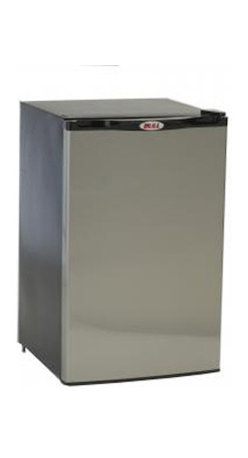 Bull BBQ - Bull Outdoor Refrigerator - Stainless Steel Front Panel - Space saving flush back design