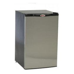 Bull BBQ - Bull Outdoor Refrigerator - Stainless Steel Front Panel - Space saving flush back design
