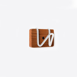 White Coat Hook - The 3 Hook Knot Rack is a great addition to any room! This versatile piece will add beauty to your modern home.