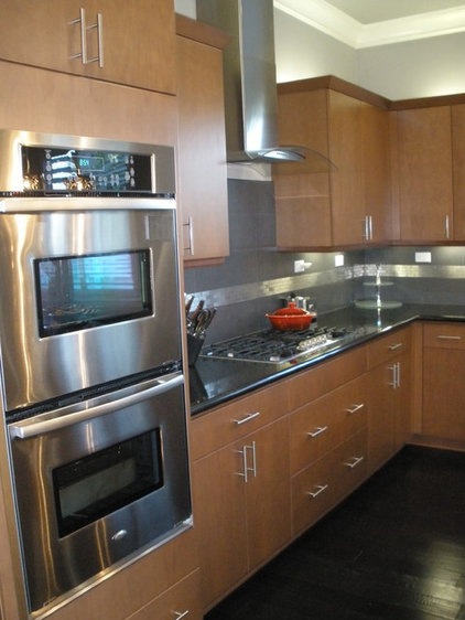 Contemporary Kitchen Cabinets by Cabinet Connection