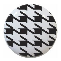 Carolina Hardware and Decor, LLC - Black Houndstooth Print Ceramic Knob - New 1 1/2 inch ceramic cabinet, drawer, or furniture knob with mounting hardware included. Also works great in a bathroom or on bi-fold closet doors (may require longer screws).  Item can be wiped clean with a soft damp cloth.  Great addition and nice finishing touch to any room.