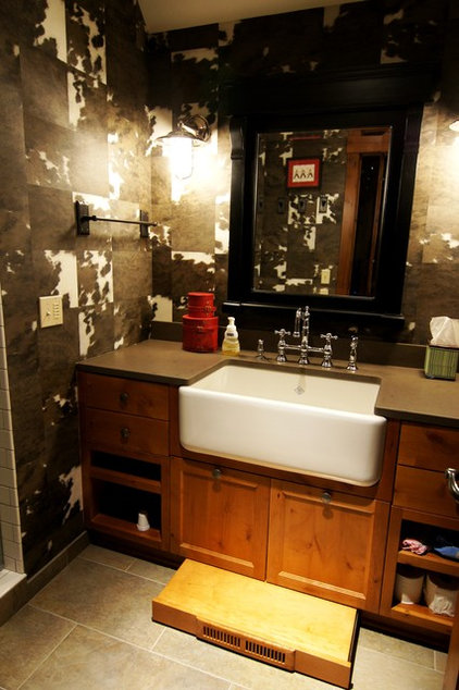traditional bathroom by Baker Court Interiors