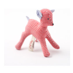K�the Kruse - Mini Deer, Pink/White - Baby goes gingham style. A cute gift to welcome the new little dear in your life, this little deer is hand sewn in your choice of green and white or dark pink and white gingham fabric with contrasting fabric ears and tail.
