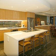 Modern Kitchen by kitchens by peter gill