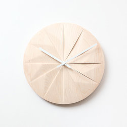 Shady Wall Clock - Clear, simple and sophisticated, this beautiful wall-mounted clock is made with maple wood.