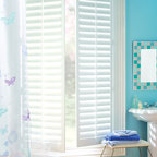 Palm Beach™ polysatin shutters with Palmetto™ - Hunter Douglas Custom Shutter Collection Copyright © 2001-2012 Hunter Douglas, Inc. All rights reserved.