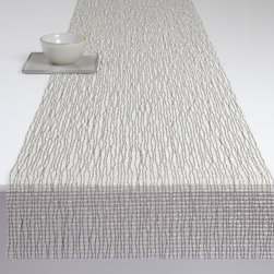 Chilewich - Chilewich Lattice Runner, Silver - For your table decor to properly mesh, you should begin with a simple and accommodating base design. In this case, an open weave table runner woven with shimmering threads offers just the understated backdrop drama you're looking for.