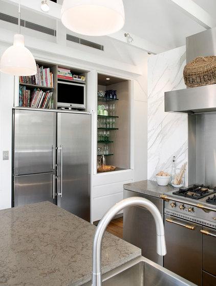 Contemporary Kitchen by Kitchens By Design Australia