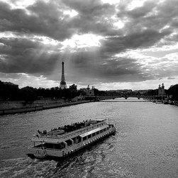 Magic Murals - Seine River Boat and Eiffel Tower Paris Wallpaper Wall Mural - Self-Adhesive - M - Seine River Boat and Eiffel Tower Paris Wall Mural