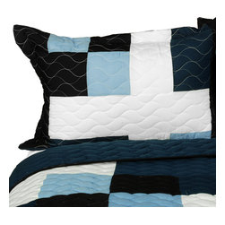 Blancho Bedding - [Ice City] 3PC Vermicelli-Quilted Patchwork Quilt Set (Full/Queen Size) - The [Ice City] 100% TC Fabric 3PC Vermicelli-Quilted Patchwork Quilt Set (Full/Queen Size) includes a quilt and two quilted shams. This pretty quilt set is handmade and some quilting may be slightly curved. The pretty handmade quilt set make a stunning and warm gift for you and a loved one! For convenience, all bedding components are machine washable on cold in the gentle cycle and can be dried on low heat and will last for years. Intricate vermicelli quilting provides a rich surface texture. This vermicelli-quilted quilt set will refresh your bedroom decor instantly, create a cozy and inviting atmosphere and is sure to transform the look of your bedroom or guest room. (Dimensions: Full/Queen quilt: 90.5 inches x 90.5 inches; Standard sham: 24 inches x 33.8 inches)