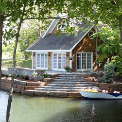 Smokey Mountain Blue - Lakefront Living - Local architect Chip Chambers designed and built his own home on Lake Windsor in Bella Vista, AR.  Smokey Mountain Blue Stone provided by Schwartz Stone.  Photography by Rett Peek.
