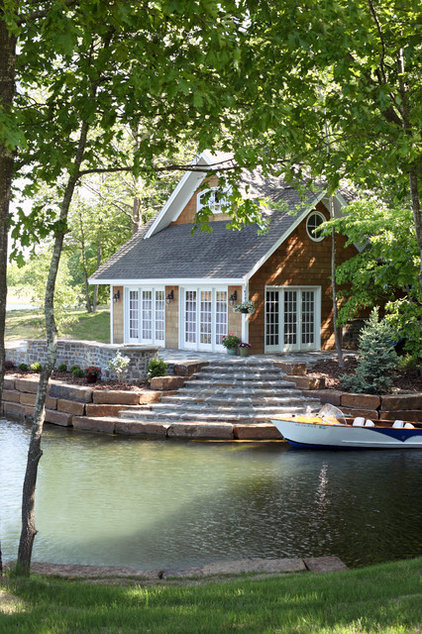Traditional Landscaping Stones And Pavers by Schwartz Stone