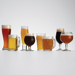 8-Piece Beer Tasting Set - Have a beer lover? This eight-piece beer tasting set would make a great gift.