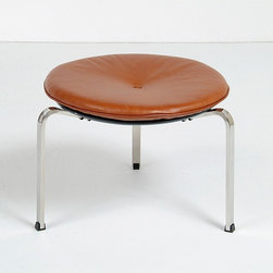 Modern Classics - Kjaerholm: PK33 Stool Reproduction - Features: