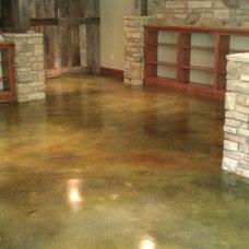 Traditional Floors by Customcrete, Inc.