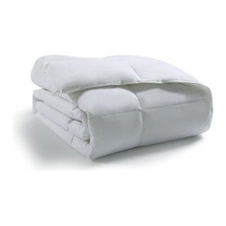 Victoria Classics Down Alternative 200 TC Comforter - With the Victoria Classics Down Alternative 200 TC Comforter you get all the loft, comfort, and warmth of down without the downside, so to speak. Since there were no animal feathers were used and no allergens in this comforter you can relax and settle in for a good night's sleep. It's made of 100% polyester with a sumptuous 200-thread count. Luxurious! This down alternative comforter is available in a popular queen size.