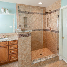 Traditional Showers by Noble Company