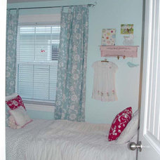 Eclectic  red and blue kids room
