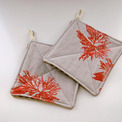 Potholders, Natural, Algae Print by Appetite Home - This lovely combination of linen and coral would look great as potholders or trivets on a color-coordinated table.