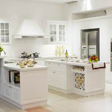 Traditional Kitchen Cabinets by VMCO