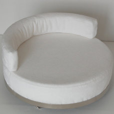 Modern Dog Beds by thepremiumpet.com