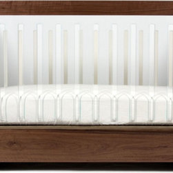Spot on Square Roh Crib Set - To surround your baby with comfort but not obstruct their view of the world, this crib provides modern parents with unique design. The designers — an award-winning industrial designer and a teacher — wanted to create eco-conscious sleeping arrangements for little ones.